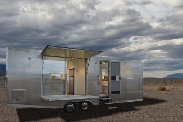 Living Vehicle, la casa mobile per vivere un mese off grid lontani da tutto