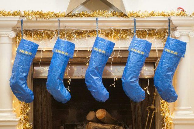 Casetta Di Natale Ikea : Ikea la borsa frakta diventa una calza di natale la perfetta