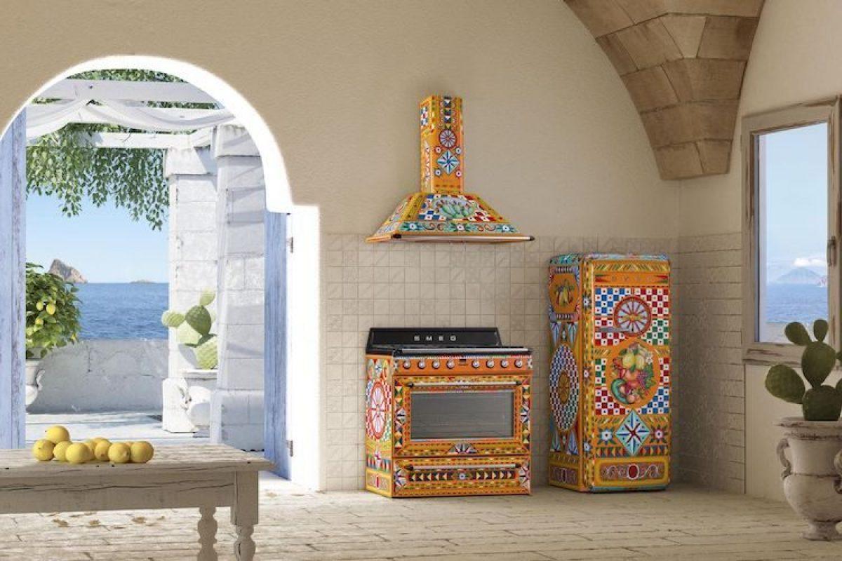 Frigo Smeg Anni 50 Piccolo dolce & gabbana e smeg presentano la cucina mediterranea
