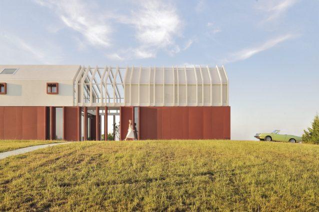 Border Crossing House, la casa che rispetta la storia agrico
