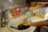 Come pulire l 39 argento con il bicarbonato e altri metodi naturali - Come pulire argento in casa ...