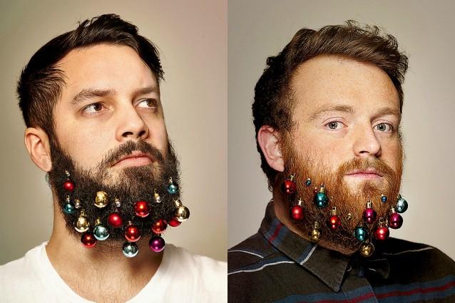 gli addobbi natalizi per la barba sono la moda del momento. Black Bedroom Furniture Sets. Home Design Ideas
