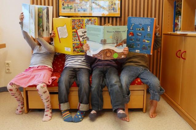 In Svezia la prima scuola senza banchi né orari in cui i bambini sono liberi