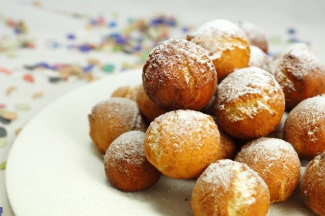Castagnole di carnevale la ricetta delle palline dolci morbide - Cucina fanpage ricette ...