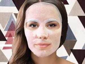 Maschere viso: prova quelle in tessuto! Low cost, rapide e alleate di bellezza (FOTO)