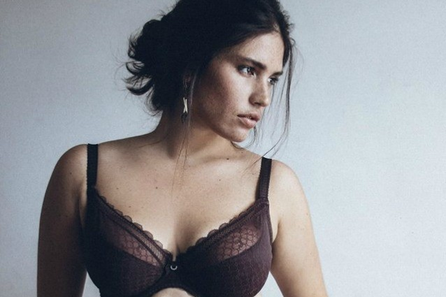 Le 10 modelle curvy pi sexy di instagram foto - Donne che vanno in bagno a cagare ...