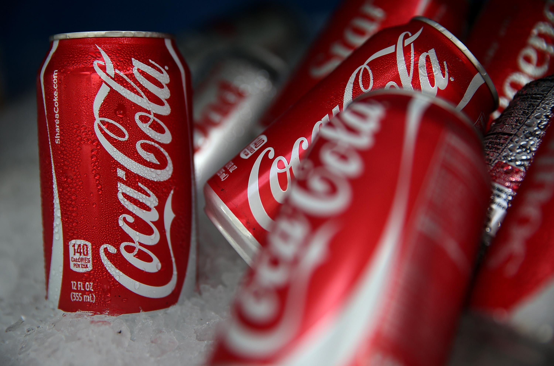 Ecco cosa succede nel corpo dopo aver bevuto una lattina di Coca-Cola