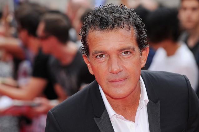 Antonio Banderas sarà Gianni Versace, l'attore si prepara al ruolo con un corso di moda