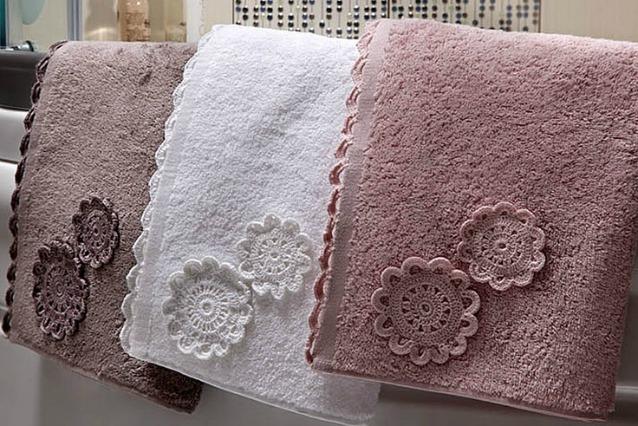Come eliminare l 39 odore di muffa dagli asciugamani rimedi - Odore di fogna in casa ...