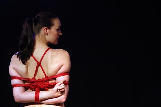 BDSM: cos'è e perché provoca piacere fisico e mentale