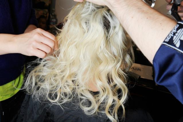 Cowash: il metodo alternativo per lavare i capelli senza shampoo