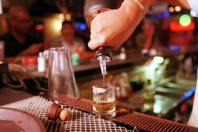 Bere tequila aiuta a perdere peso: ecco perché succede