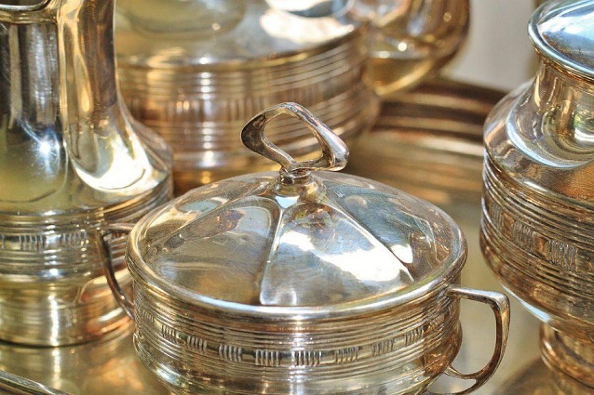 Posate Argento Come Pulirle come pulire l'argento con il bicarbonato e altri metodi naturali