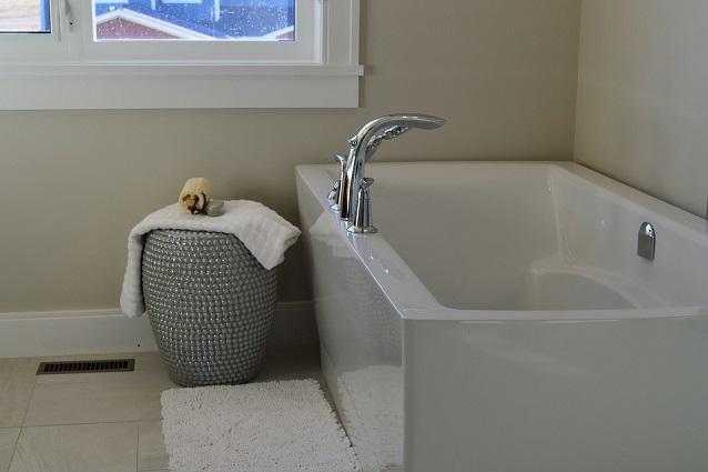 idee per arredare un bagno piccolo, Disegni interni