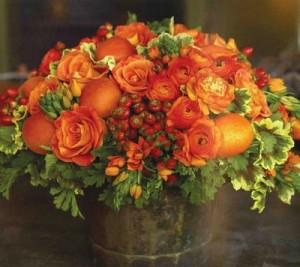 Composizioni floreali come realizzarle per ogni occasione for Colorare le rose