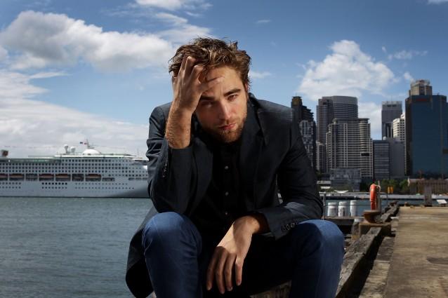 Robert Pattinson diventa stilista e lancia una sua linea di abbigliamento