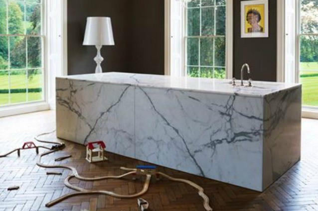 Eliminare le corrosioni di acido dal marmo con virginia fast bmc