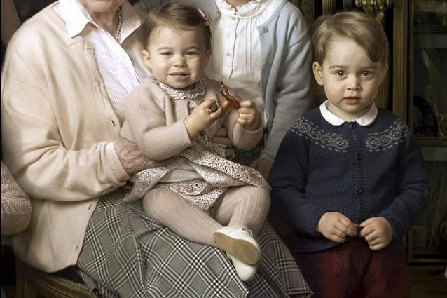 Ecco perché Kate Middleton veste George e Charlotte sempre allo stesso modo