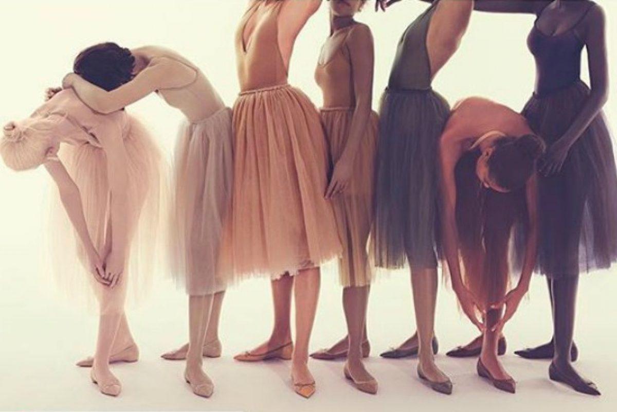 5f4987e0a70 Louboutin  nuove tonalità per la collezione di scarpe nude