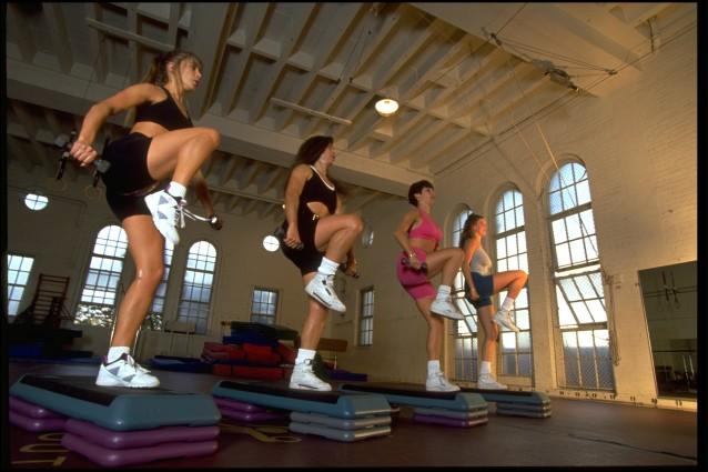 Come allenarsi gratis in casa: 7 canali YouTube per restare in forma