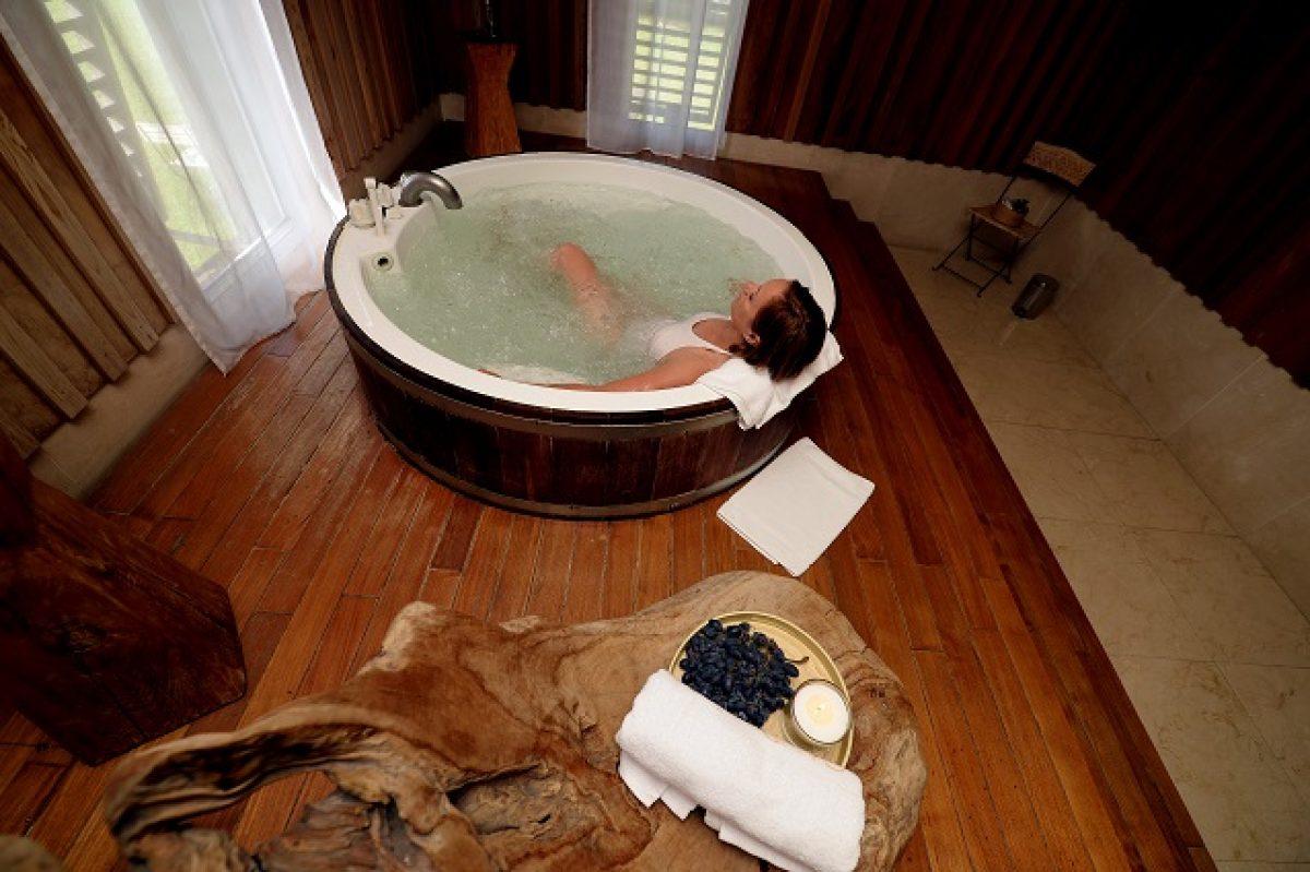 Sali Da Bagno Rilassanti : Come prepararsi un bagno rilassante consigli e prodotti da utilizzare
