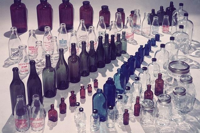 Pareti Con Bottiglie Di Vetro : Come pulire le bottiglie di vetro con rimedi naturali