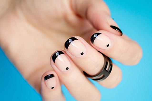 nail art centro dell'unghia