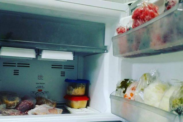 Come eliminare i cattivi odori dal freezer - Come eliminare odori in casa ...