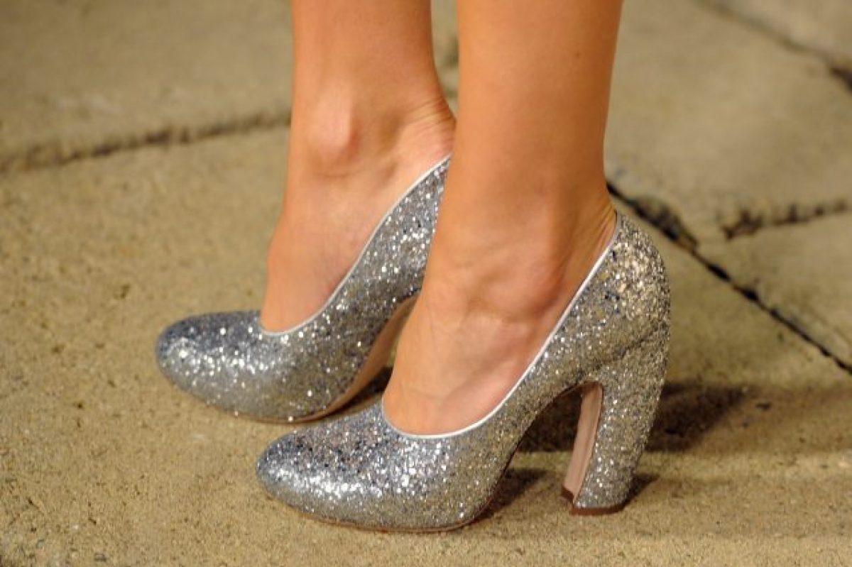 come allargare scarpe da ginnastica strette