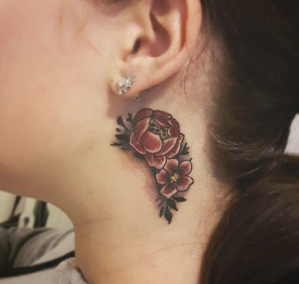 Tatuaggi sul collo soggetti e idee da realizzare su nuca for Tatuaggi idee uomo
