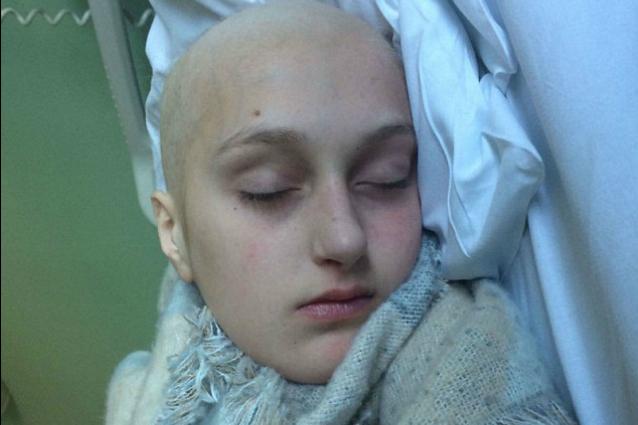 A 12 anni ha dei dolori e crede che siano legati alla crescita: Ashleigh ha un cancro