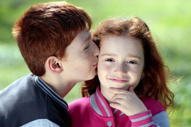 Il primo figlio è più intelligente dei fratelli: lo dice la scienza