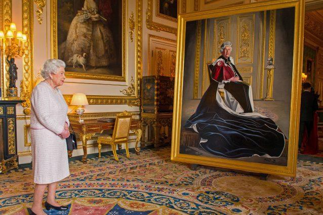 Elisabetta II, la regina da record, festeggia i 65 anni di regno