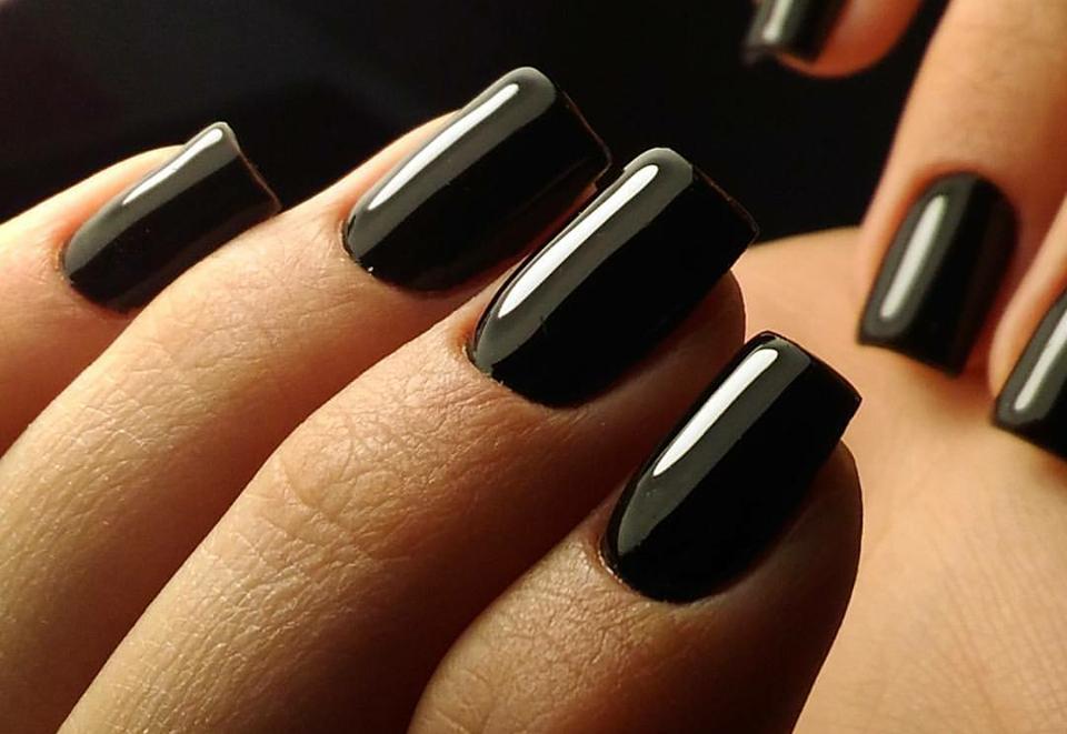 Unghie a specchio come realizzare la nail art ad effetto - Smalto a specchio ...