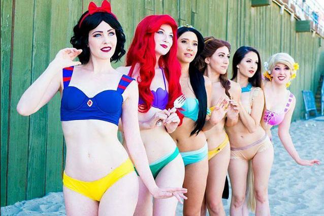 I bikini ispirati alle Principesse Disney per essere un'eroina anche in spiaggia