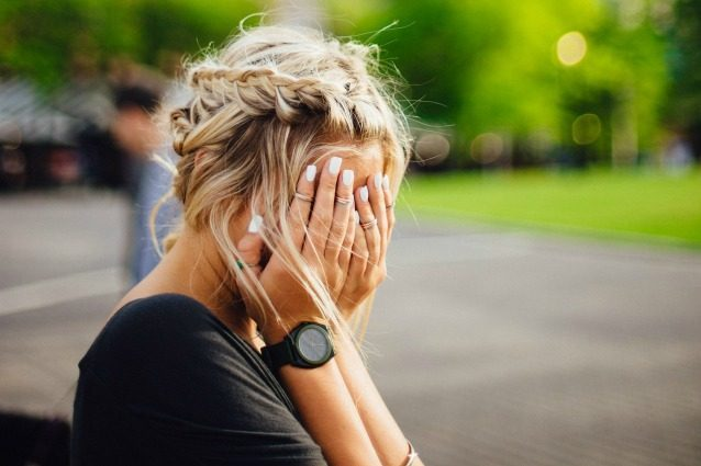 7 cose che succedono al corpo quando qualcuno ci spezza il cuore
