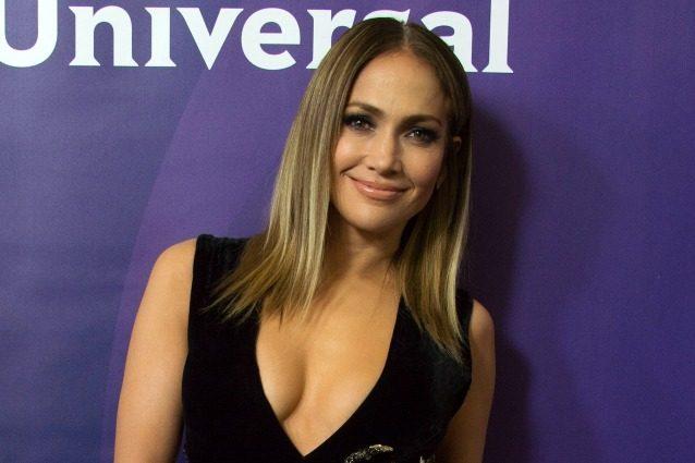 Addio capelli lunghi: ecco il nuovo taglio di Jennifer Lopez