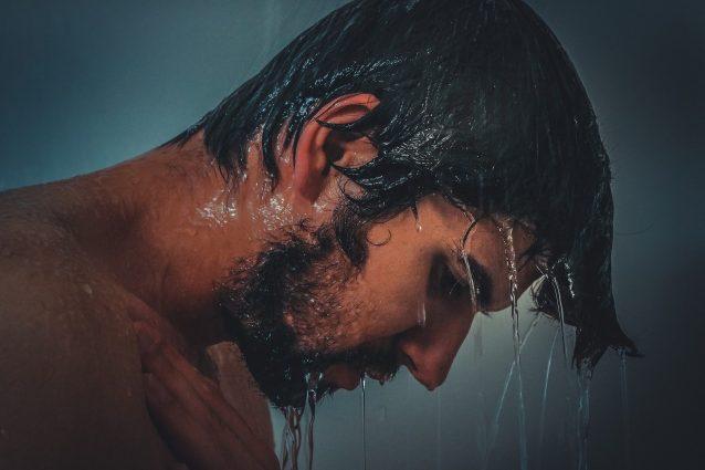 Cosa succede al corpo se non fai la doccia per 2 giorni?
