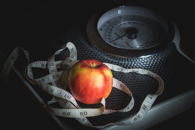 Disturbo da Alimentazione Incontrollata: le cause, i sintomi e il trattamento