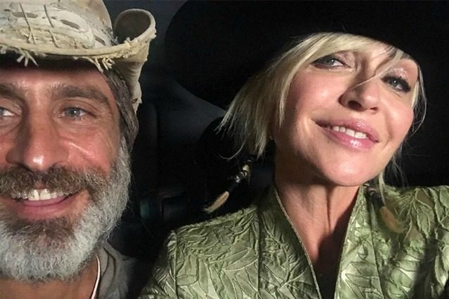 Paola Barale e Raz Degan, la coppia con il cappello