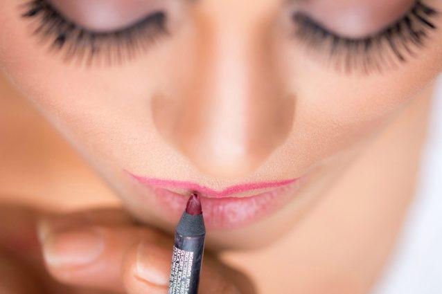 Vuoi sapere qual è il colore di rossetto perfetto per te? Basta guardare i capezzoli