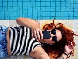Amazon Prime Day, le offerte sugli occhiali da sole griffati da non perdere oggi