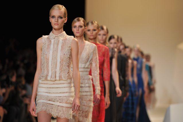 Stop alle modelle magrissime: non sfileranno più per i colossi della moda