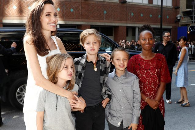 Angelina Jolie al Toronto Film Festival, torna il sorriso sul viso dell'attrice