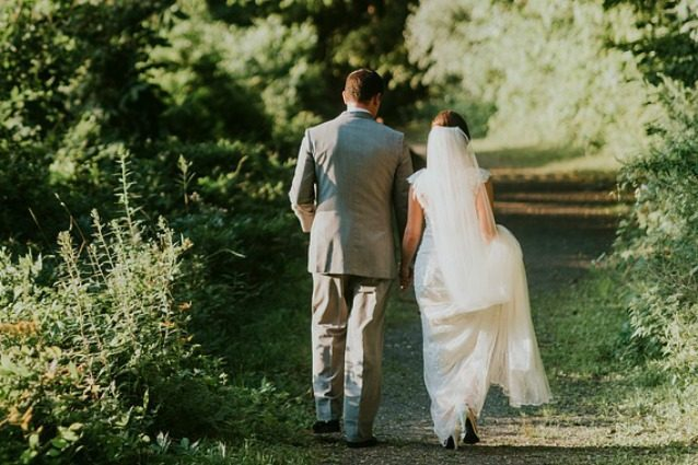 Il matrimonio allunga la vita: avere un coniuge ridurrebbe il rischio di malattie al cuore
