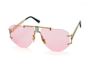 Céline, spopolano gli occhiali da sole (con lenti rosa) in stile anni '70