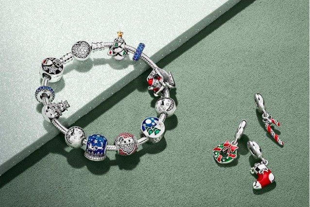 Pandora la collezione di natale i charms pi belli da regalare - Bracciale pandora si puo bagnare ...