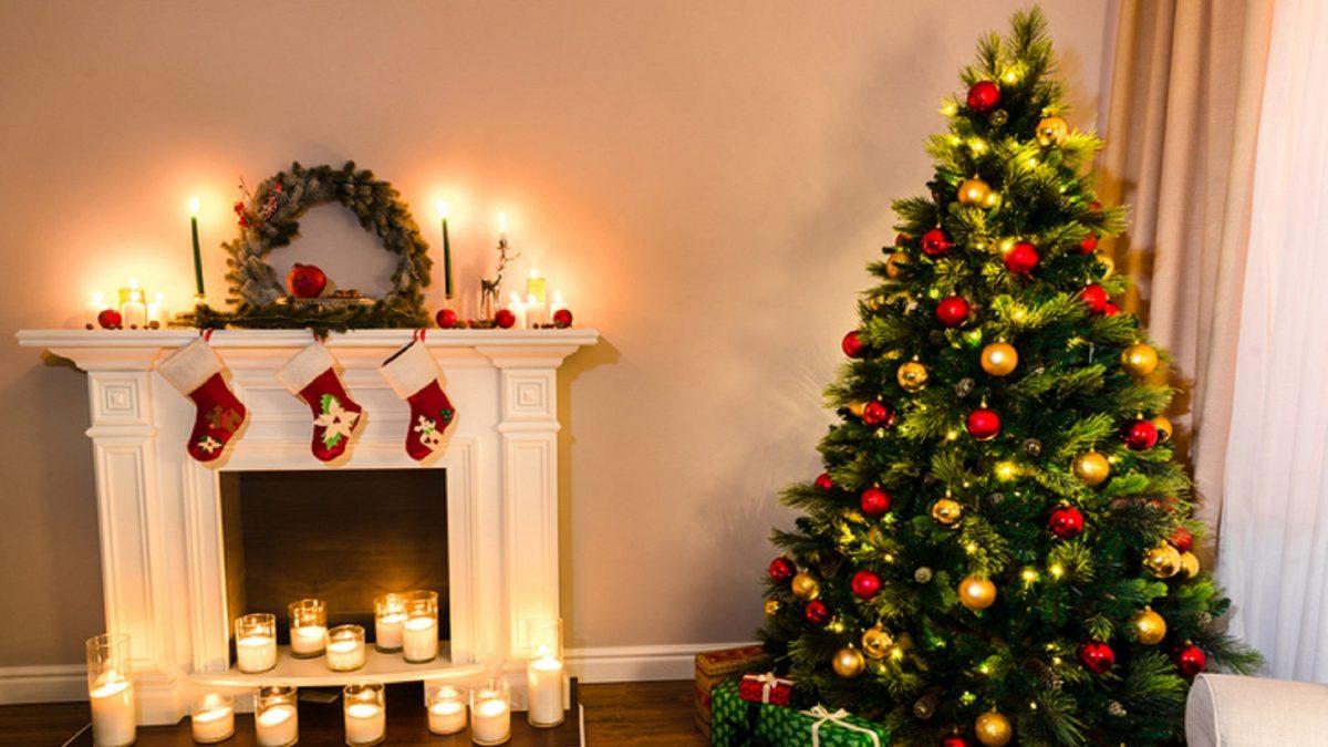 Foto Alberi Di Natale Classici.Come Decorare L Albero Di Natale 10 Idee E Le Regole Per