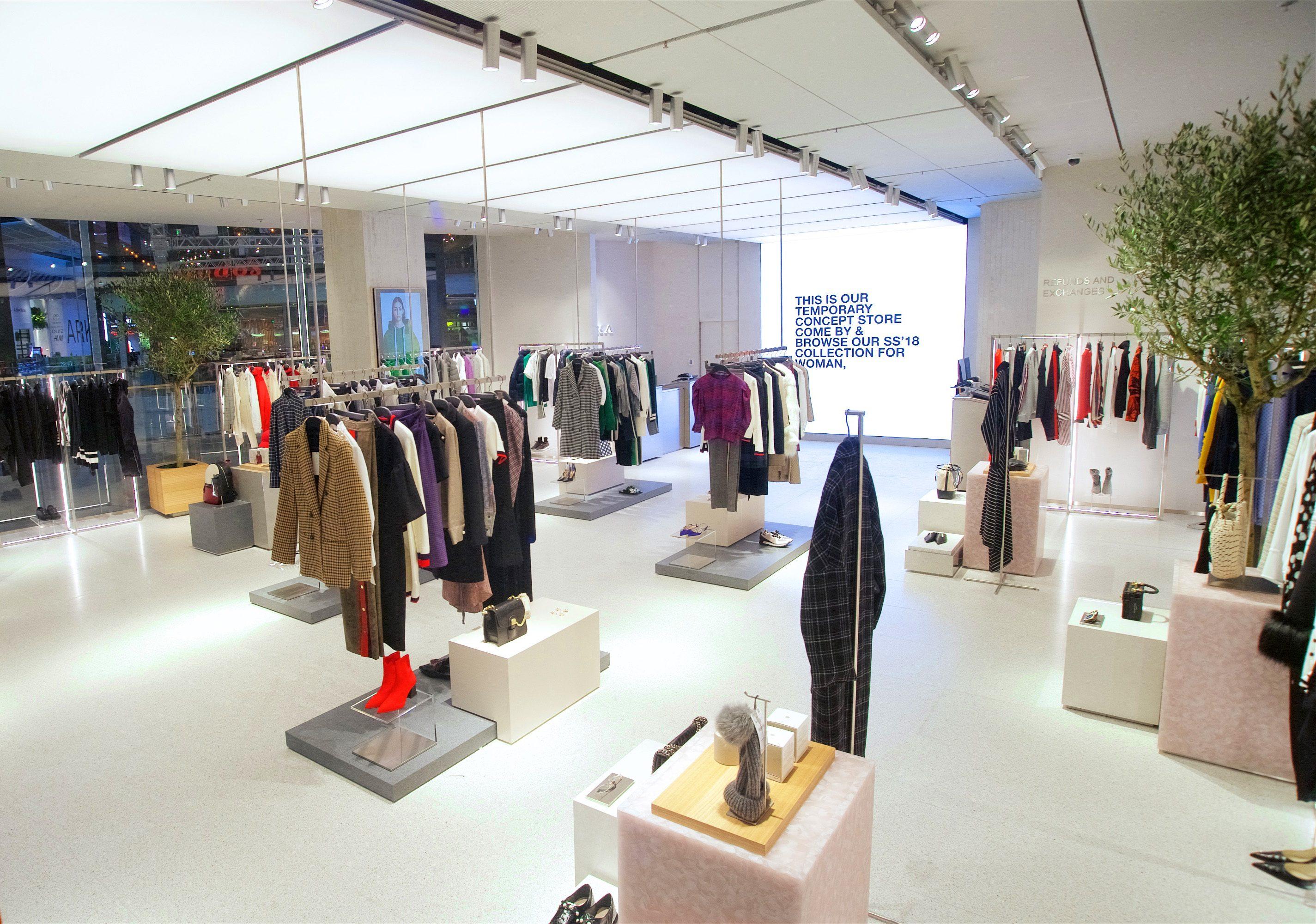 Zara, apre il negozio online