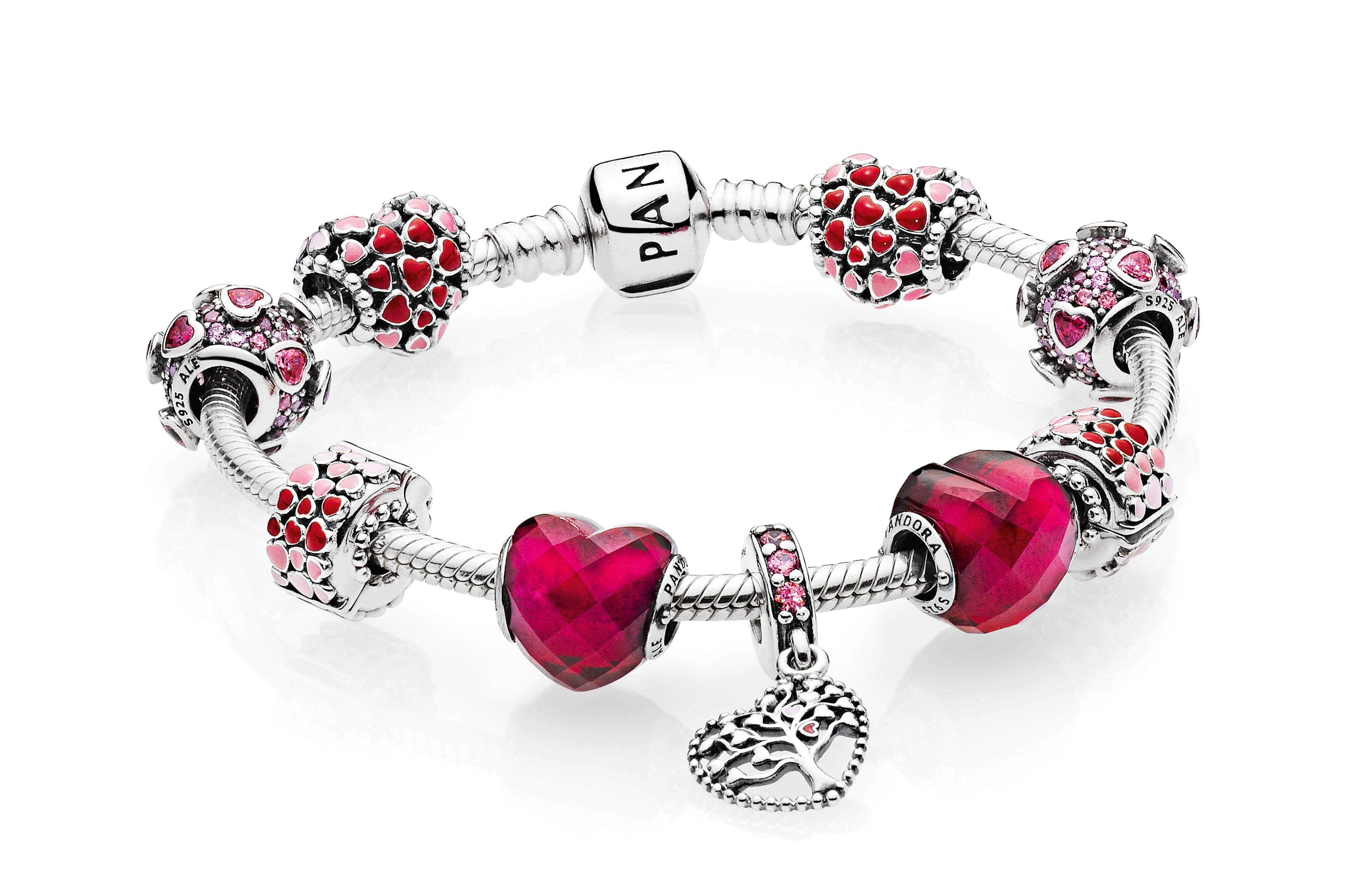 Pandora San Valentino 2018 i gioielli e i charms da regalare alla partner